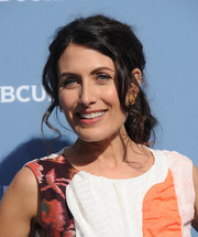 Lisa Edelstein looked ladylike with her wavy ponytail at the NBCUniversal Upfront.
