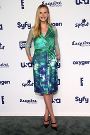 Anne V looked vibrant and stylish at the NBCUniversal Cable Entertainment Upfronts in a green and blue shirtdress with sheer sleeves and an abstract-print skirt.
