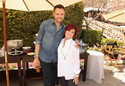 Sharon Osbourne showed up at the NBCUniversal Summer Press Day wearing a crisp white button-down shirt.