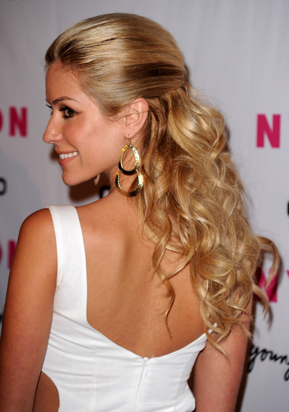 curly half up half down prom hairstyles. Half Up Half Down Prom