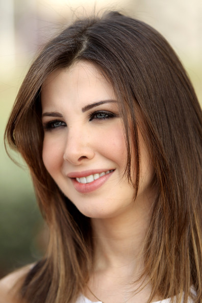 Lebanese Singer and Unicef ambassadeur Nancy Ajram attends the Cartier International Dubai Polo Challenge at the Palm Desert Resort and Spa on March 26, ... - Nancy%2BAjram%2BMakeup%2BPink%2BLipstick%2BfLfQSRxShQNl