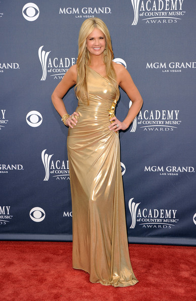 Nancy O'Dell Evening Dress [flooring,shoulder,carpet,beauty,joint,gown,lady,dress,fashion model,red carpet,arrivals,nancy odell,academy of country music awards,red carpet,nevada,las vegas,mgm grand garden arena]