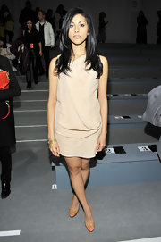 Reshma Shetty went for a simple-yet-chic look with a nude draped dress at the Nanette Lepore Fall 2011 fashion show.