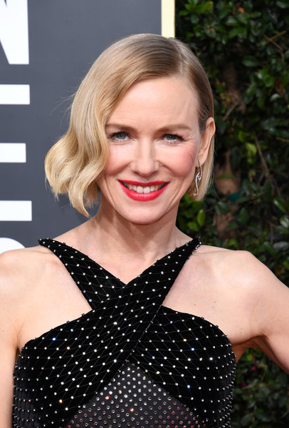 Naomi Watts Short Wavy Cut [hair,hairstyle,blond,lip,beauty,polka dot,dress,cocktail dress,smile,premiere,arrivals,naomi watts,the beverly hilton hotel,beverly hills,california,golden globe awards,naomi watts,the golden globe awards ceremony,beverly hills,the loudest voice,red carpet,celebrity,hollywood,actor,golden globe awards]