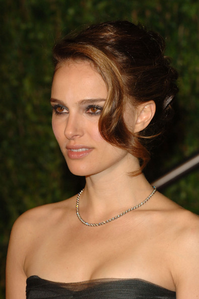 Natalie Portman Hair. Actress Natalie Portman arrives at the 2010 Vanity