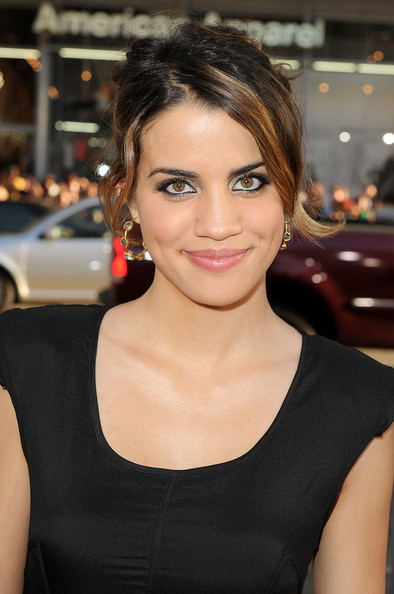 Natalie Morales (actress) Hair