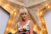 Jaime Winstone Is Fashionably Daring in Floral Dolce & Gabbana