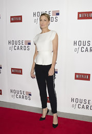 "Robin Wright Penn topped off her mod red carpet look with studded pants at the ""House of Cards"" screening."