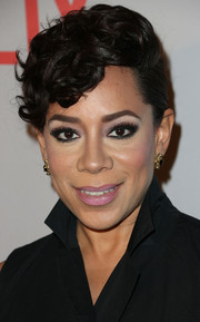 Selenis Leyva styled her locks in a curly pompadour for the 'Orange is the New Black' Q&A.
