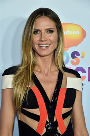 Heidi Klum kept it simple with this flippy center-parted 'do at the 2017 Kids' Choice Awards.