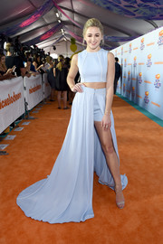 Chloe Lukasiak kept it youthful and trendy in a sleeveless blue crop-top by John Paul Ataker at the 2017 Kids' Choice Awards.
