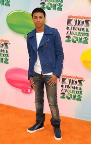 Diggy paired his jacket with dark distressed jeans for the Kids Choice Awards.