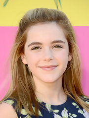 Kiernan Shipka chose this casual half up, half down 'do for her low maintenance look at the Kids' Choice Awards.