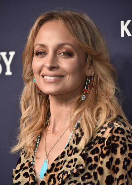 Nicole Richie Feathered Flip