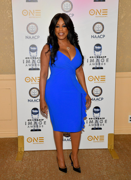 Niecy Nash Form-Fitting Dress [nominees,luncheon - arrivals,niecy nash,clothing,dress,cocktail dress,cobalt blue,shoulder,blue,hairstyle,fashion,electric blue,long hair,naacp image awards,luncheon,california,beverly hills,the beverly hilton hotel]
