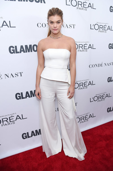 Nina Agdal Wide Leg Pants [shoulder,clothing,dress,hairstyle,joint,premiere,fashion,carpet,strapless dress,red carpet,arrivals,women of the year awards,nina agdal,brooklyn,new york,kings theatre,glamour,glamour celebrates 2017 women of the year awards]