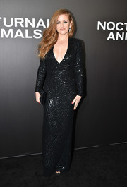 Isla Fisher was all sparkly and sexy in a plunging black sequin gown by Tom Ford at the New York premiere of 'Nocturnal Animals.'