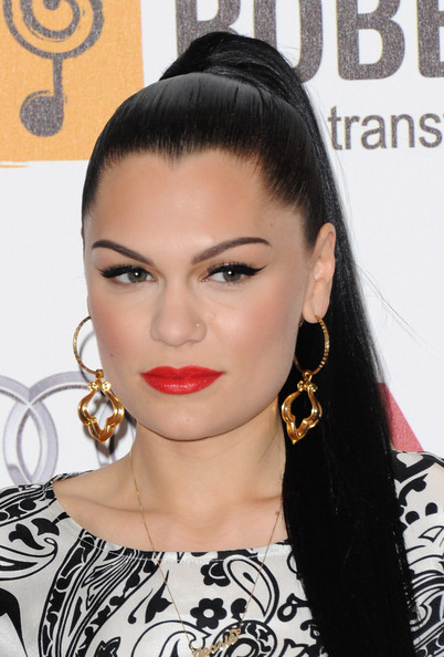 Jessie J's cat eyes were elegantly dramatic, particularly when paired with faux lashes.