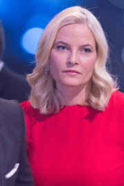 Princess Mette-Marit looked elegant with her shoulder-length waves while attending a sports gala.