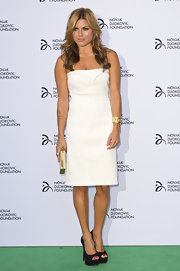 Zoe Hardman chose a column-style strapless, white dress for her look at the Novak Djokovic Foundation Dinner.
