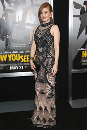 Isla Fisher's nude and black beaded dress was totally Art Deco-inspired and looked simply divine on the actress.