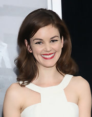 Nora Zehetner chose a soft wavy 'do for look at the 'Now You See Me' premiere in NYC.