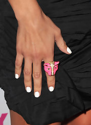 Jenna showed off her cool pink panther ring while walking the red carpet.