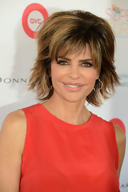 Lisa Rinna accessorized with a chic pair of geometric hoops at the Ovarian Cancer Research Fund fundraiser.