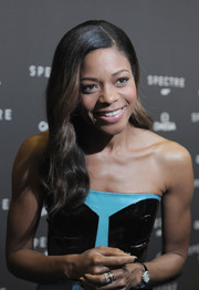 Naomie Harris went for classic glamour with this long wavy 'do at the New York screening of 'Spectre.'