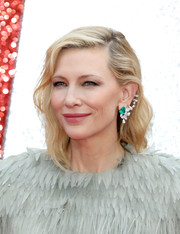Cate Blanchett showed off a gorgeous emerald and diamond ear cuff by Repossi at the UK premiere of 'Ocean's 8.'