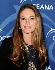 Diane Lane wore her long hair loose with wavy ends when she attended the Oceana Partners Awards Gala.