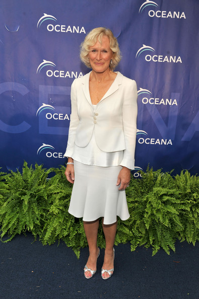 More Pics of Glenn Close Curled Out Bob (1 of 7) - Short Hairstyles Lookbook - StyleBistro []