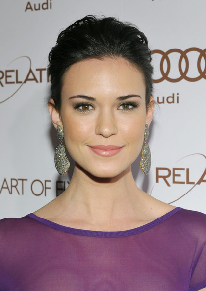 Odette Annable Beauty