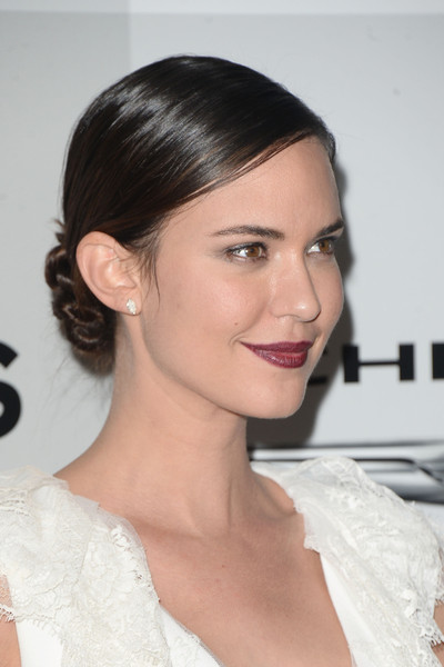 Odette Annable Twisted Bun