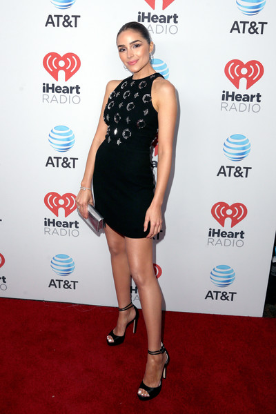Olivia Culpo Little Black Dress [clothing,dress,red carpet,cocktail dress,carpet,little black dress,shoulder,fashion,leg,fashion model,olivia culpo,a music experience,austin,texas,the frank erwin center,at t,red carpet,iheartcountry festival]