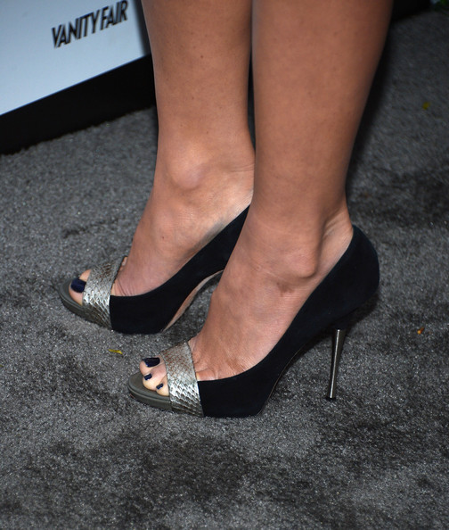 Olivia Munn Peep Toe Pumps