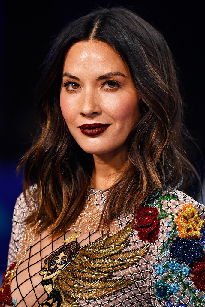 Olivia Munn Dark Lipstick Beauty Lookbook Stylebistro