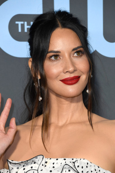 Olivia Munn Red Lipstick [hair,face,lip,hairstyle,eyebrow,chin,skin,beauty,black hair,forehead,arrivals,olivia munn,critics choice awards,santa monica,california,barker hangar]