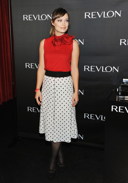 More Pics of Olivia Wilde Knee Length Skirt (1 of 20) - Olivia Wilde Lookbook - StyleBistro