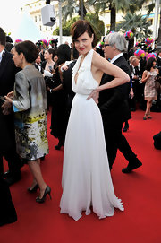 Elizabeth McGovern was white-hot in this flirty halter dress at the 'Once Upon a Time' premiere.