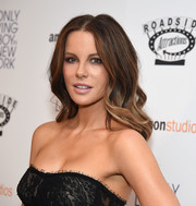 Kate Beckinsale looked sweet and glam with her soft waves at the premiere of 'The Only Living Boy in New York.'