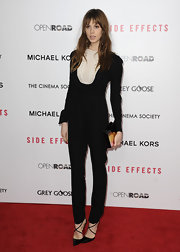 Elettra Wiedemann looked slim and stylish in a black jumpsuit with a white bib at the premiere of 'Side Effects.'