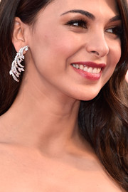 Moran Atias showed off a gorgeous pair of dangling diamond earrings by Faraone Gioielli at the Venice Film Festival opening ceremony.