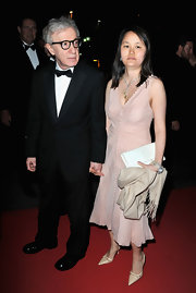 Soon-Yi Previn paired nude pointy pumps with her lovely dress for a classic look during the Cannes Film Festival.