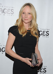 Anne Heche wore her hair in long, loose waves and curls at the opening night of 'Wicked.'