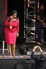 Oprah Winfrey went for classic sophistication with this pink off-the-shoulder dress during her show in New York.