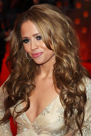 Kimberley Walsh looked diva-ish at the Orange British Academy Film Awards with her long, high-volume curls.