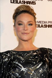 Elisabeth Rohm wore shimmery shades of metallic eyeshadow at the Leila Shams after party.
