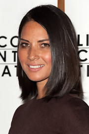Olivia Munn was glowing at the Broadway opening of 'Other Desert Cities.' She let her natural beauty shine through by wearing minimal makeup and styling her gleaming tresses simply.