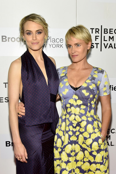 More Pics of Taylor Schilling Messy Updo (1 of 10) - Taylor Schilling Lookbook - StyleBistro [the overnight premiere,hair,clothing,hairstyle,cocktail dress,fashion model,dress,premiere,fashion,blond,shoulder,taylor schilling,judith godreche,new york city,bmcc tribeca pac,tribeca film festival,premiere]